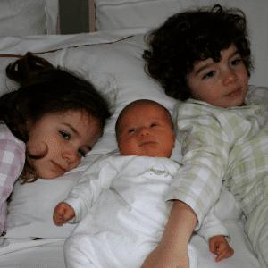roscon_hermanos_pijama